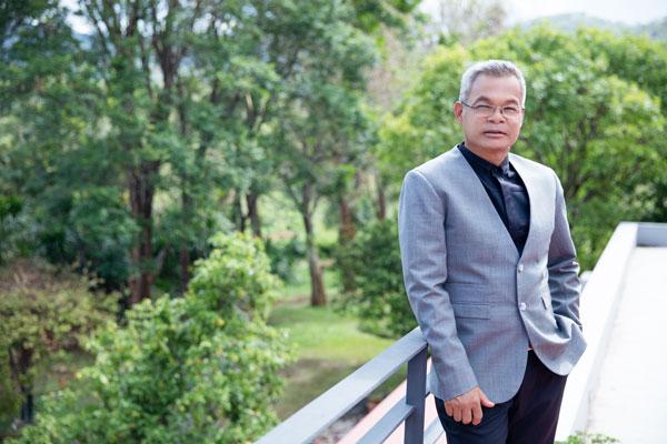 Assoc. Prof. Rangsun Parnpai
